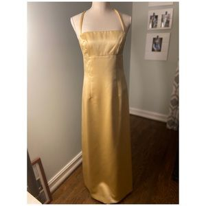 Nicole Miller formal dress in Gold size 6